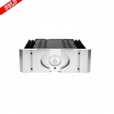 Pass Labs 30.5 class A amplifier