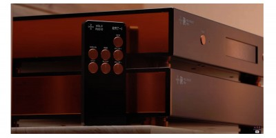 The KING is CROWNED! Holo Audio May DAC Review