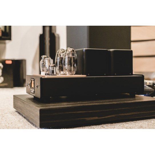 Chameleon Audio - Shelf pair